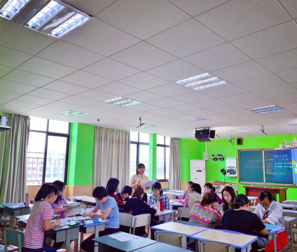 Autumn Fruits Got on Research and Training Road――Recording the Second Training Activity of the Young Teachers Group of Mathematics from Tanghu Elementary School